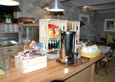 Slunecnice-kuchyne 1